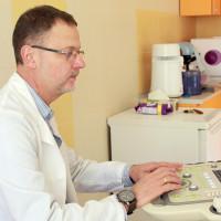 Д-р Филипов извършва диагностична дейност