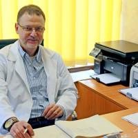 Медик със специалност ортопедия и травматология